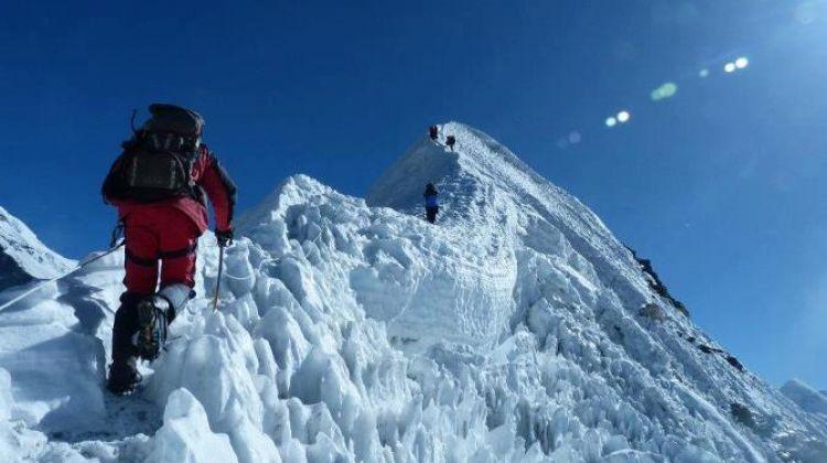 skypark holidays-Peak Climbing
